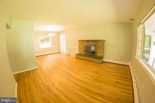 2844 Cedarest Rd Fairfax VA 22031