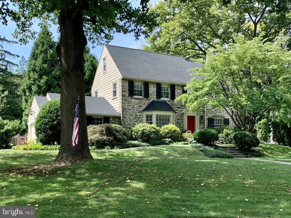 426 Cotswold Lane Wynnewood, PA 19096