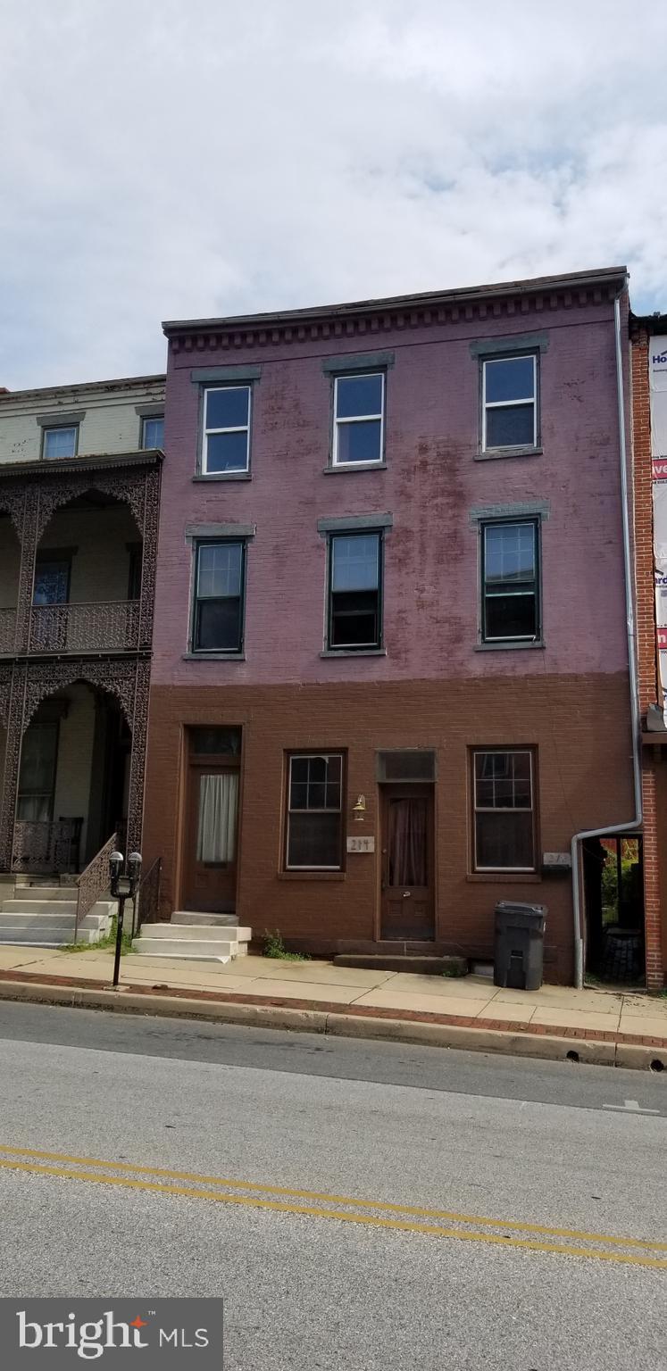 212-214 Locust Street, Columbia, PA 17512