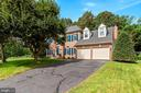 8719 Cross Chase Cir