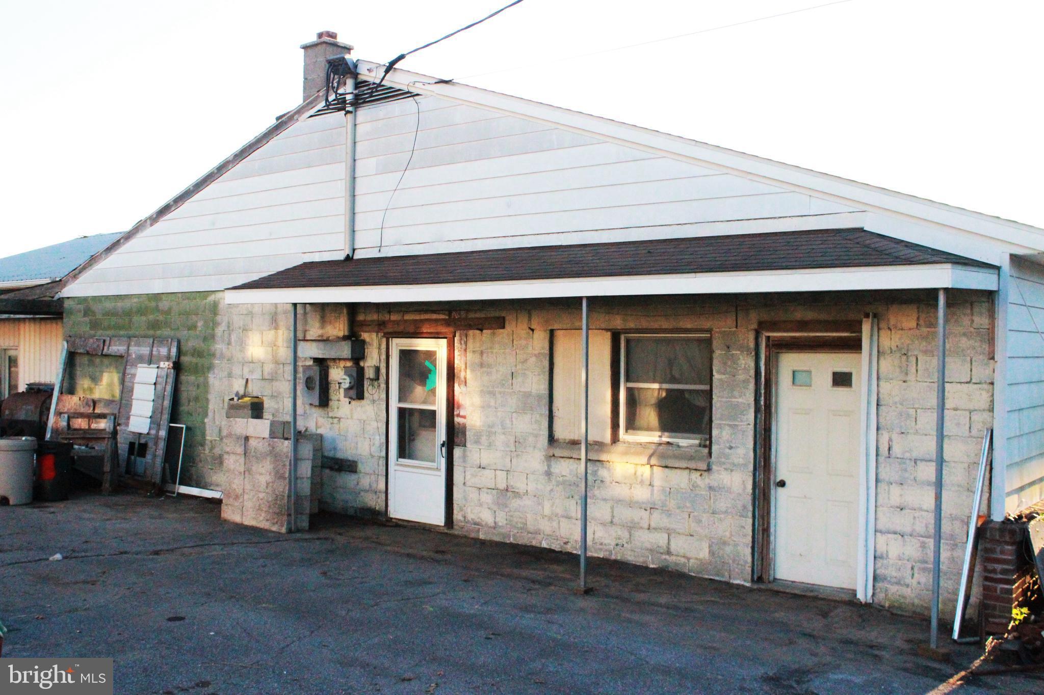 5050 Old Philadelphia Pike, Kinzers, PA, 17535