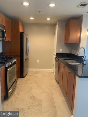 2451 Midtown Ave #1602 - Penthouse, Alexandria, VA 22303