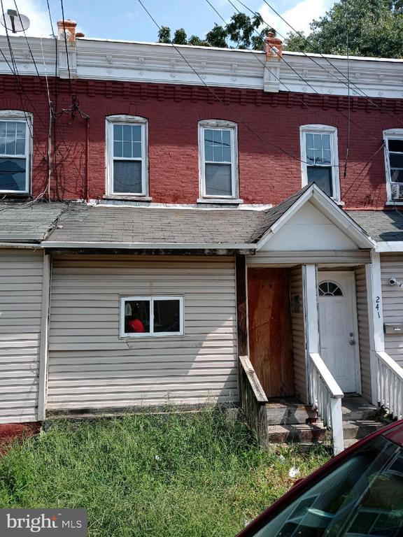 243 HAYES ST, Chester PA 19013
