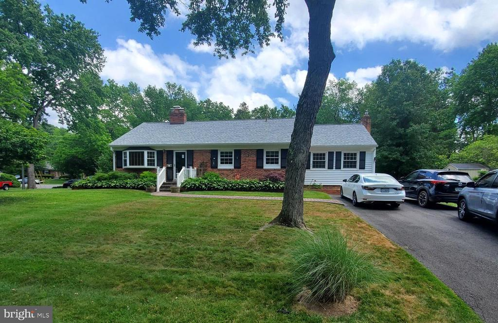 Photo of 1609 Paul Spring Pkwy