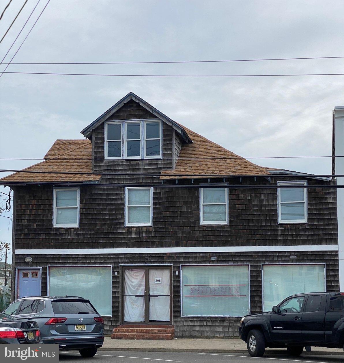 208 N Bay Ave, Beach Haven, NJ, 08008