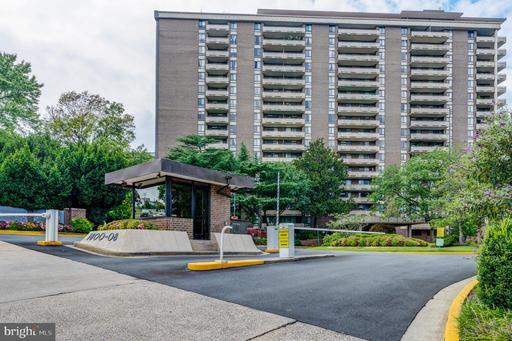 1800 Old Meadow Rd #514, McLean, VA 22102