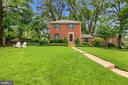 2300 Valley Dr