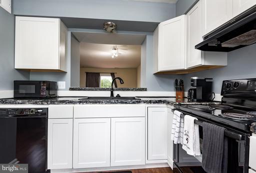 14709 Southwarke Pl Centreville VA 20120