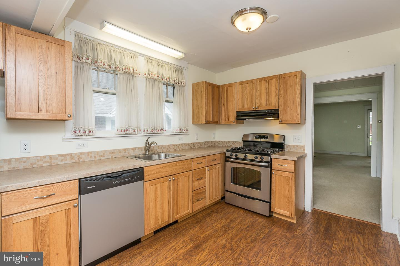 1506 Robinson Avenue Havertown , PA 19083
