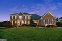 6021 Empire Lakes Ct