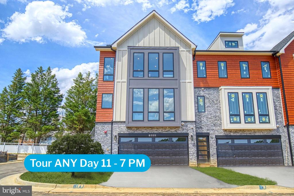 7690 Morris St, Falls Church, VA 22043
