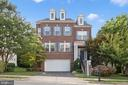 2334 Brittany Parc Dr
