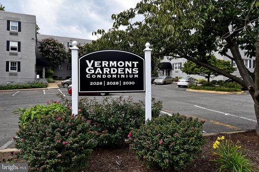 2026 N Vermont St #101, Arlington, VA 22207