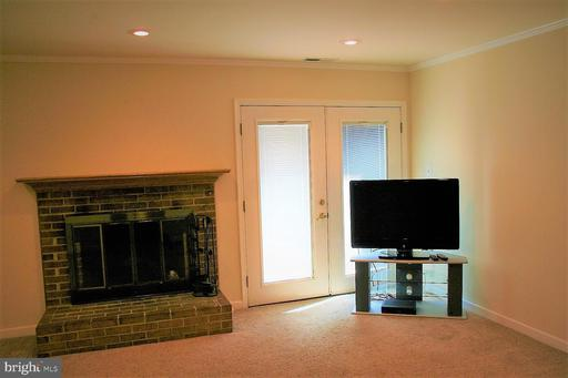 4513 Pinecrest Heights Dr Annandale VA 22003