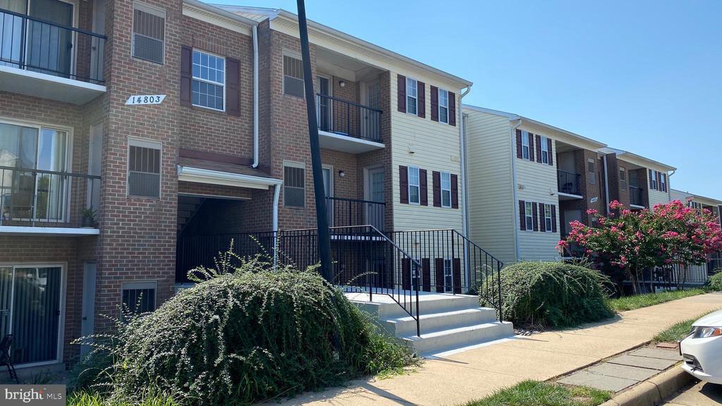 14803 Rydell Rd #104, Centreville, VA 20121