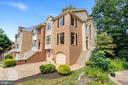 1381 Heritage Oak Way