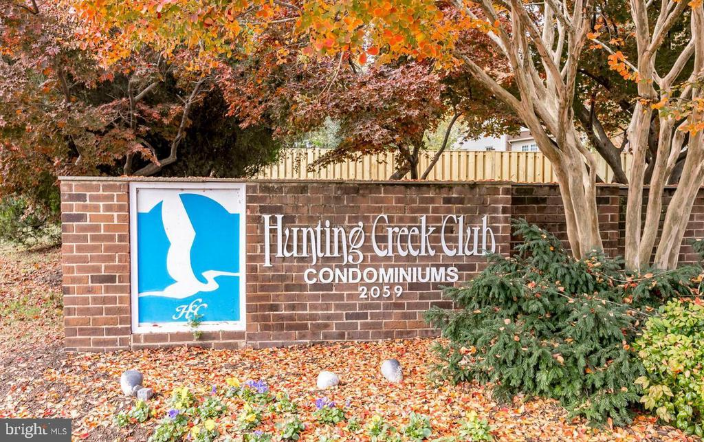 2059 Huntington Ave #1111, Alexandria, VA 22303