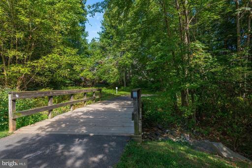 11417 Hollow Timber Way Reston VA 20194