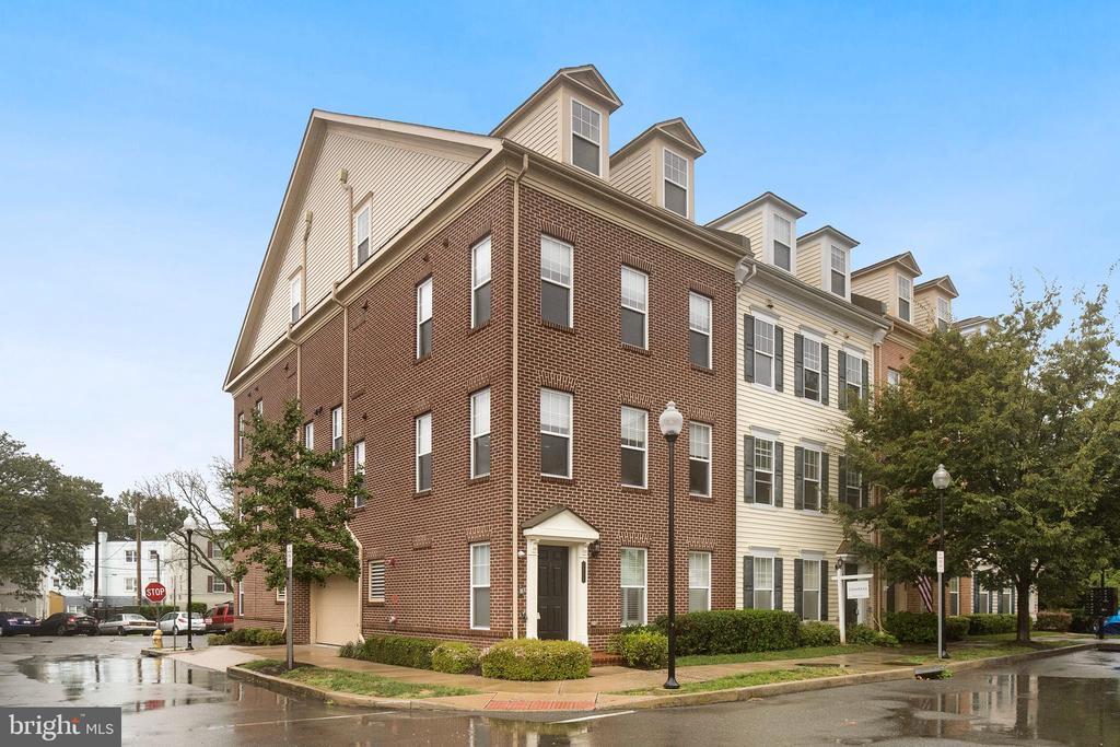 3939 Old Dominion Blvd, Alexandria, VA 22305