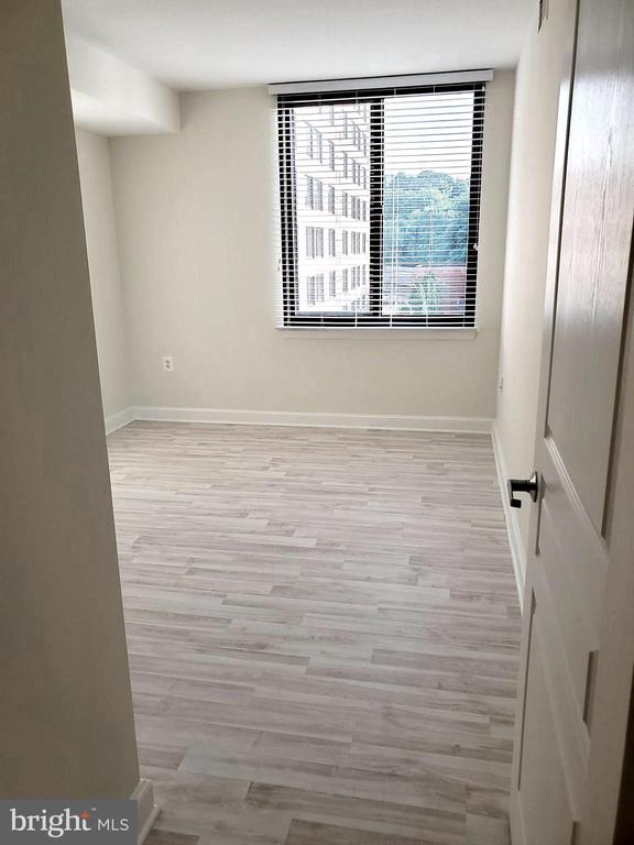 Photo of 2451 Midtown Ave #927