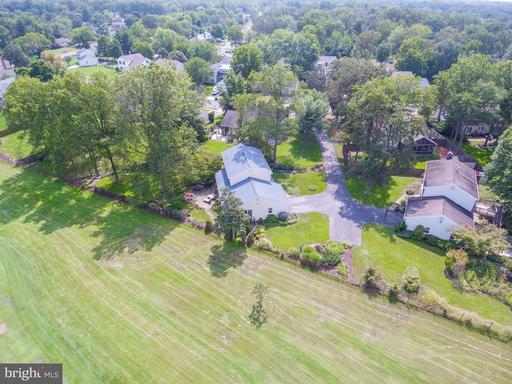 15030 Greymont Dr Centreville VA 20120