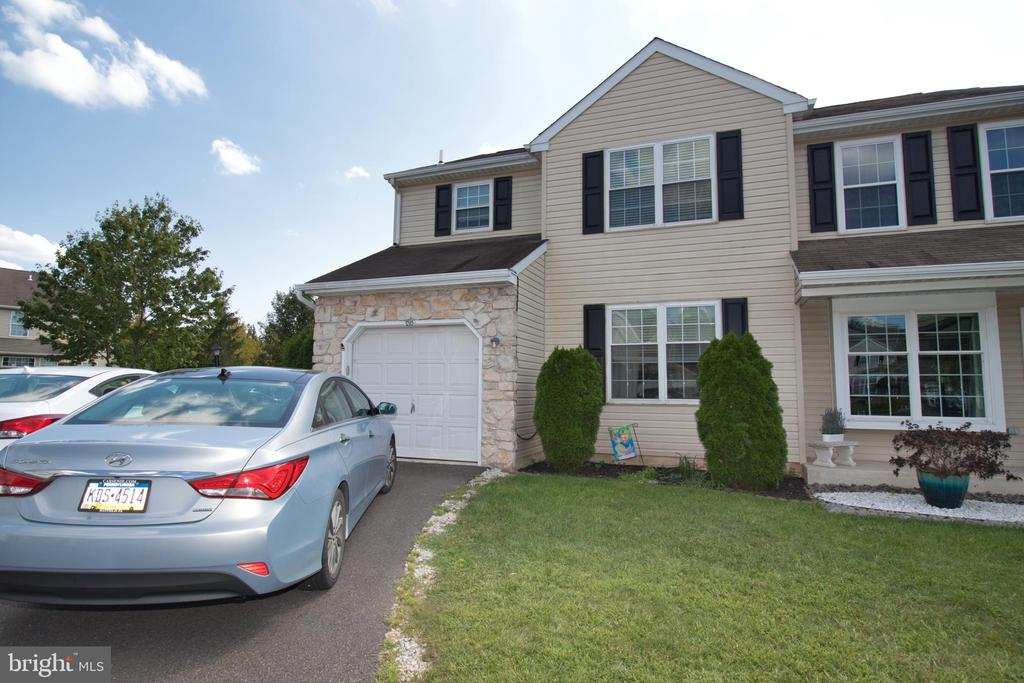 1285 STONEGATE RD, Lansdale PA 19446
