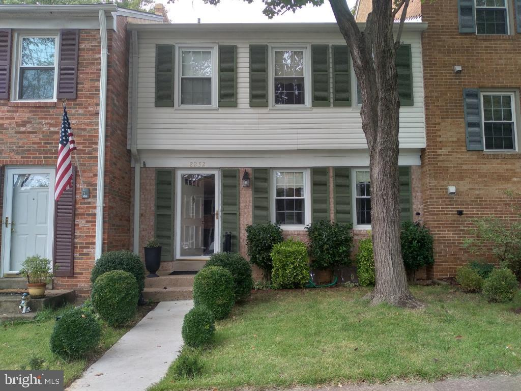 8252 Getty Ct, Springfield, VA 22153