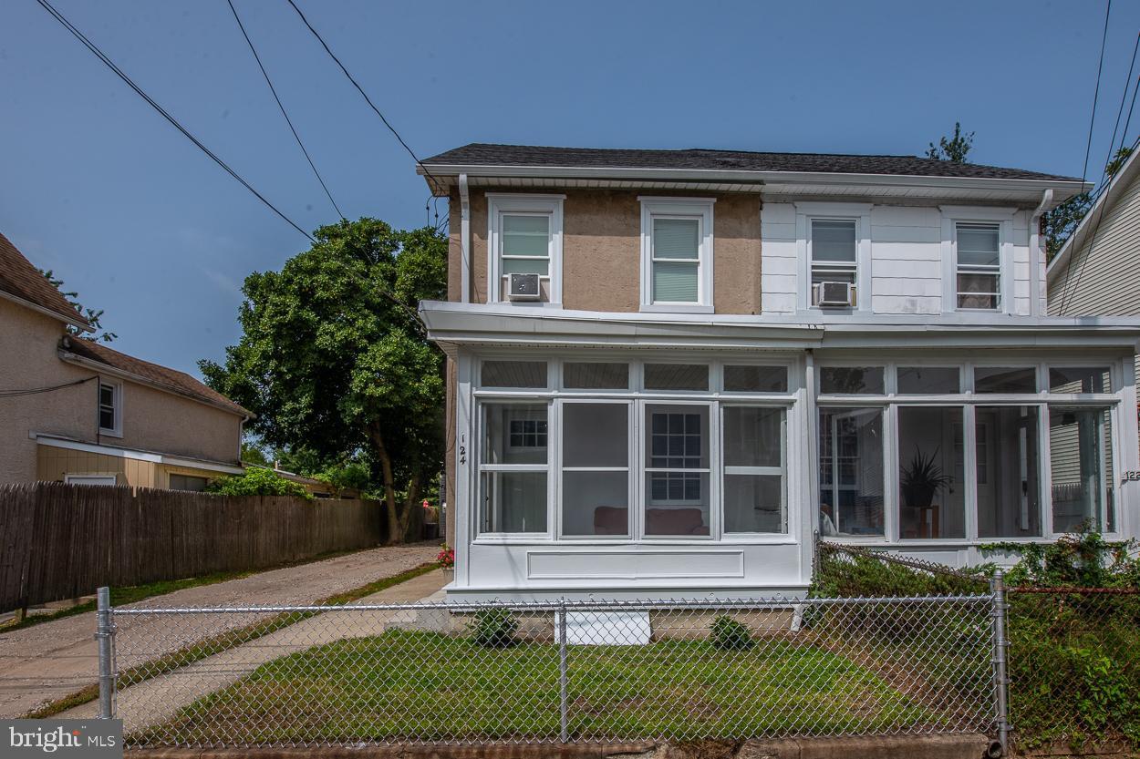 124 Garrett Avenue Bryn Mawr, PA 19010