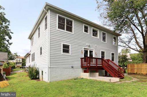 300 N West St Falls Church VA 22046