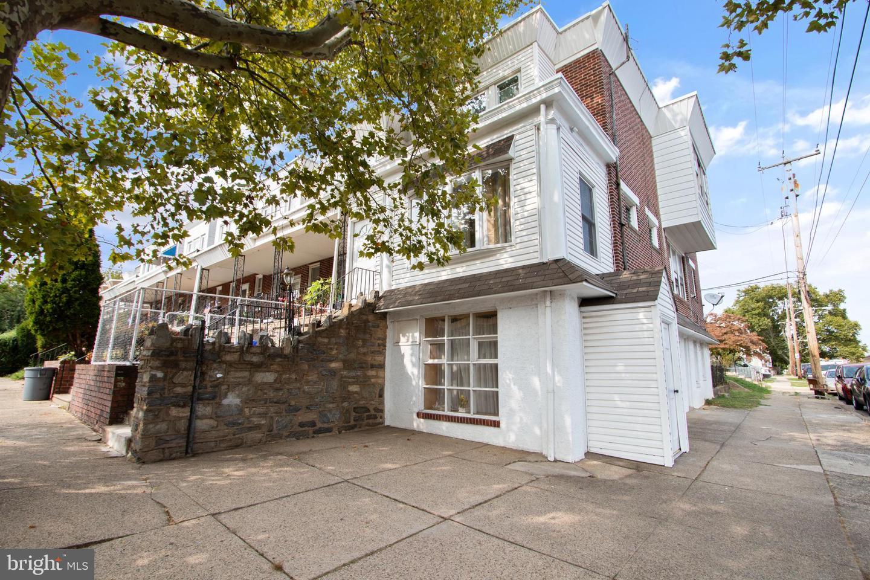 527 Benner Street Philadelphia , PA 19111