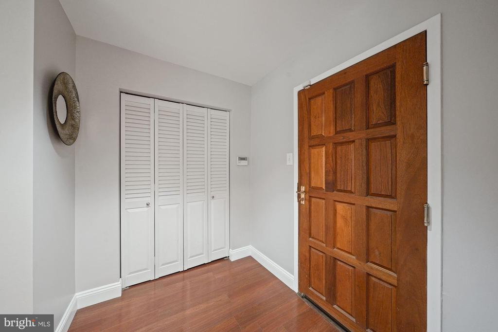 Photo of 1530 Key Blvd #125