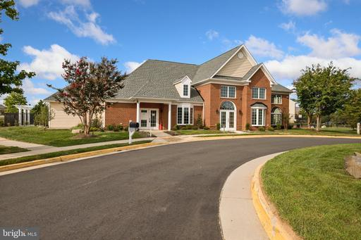 13570 Lavender Mist Ln Centreville VA 20120