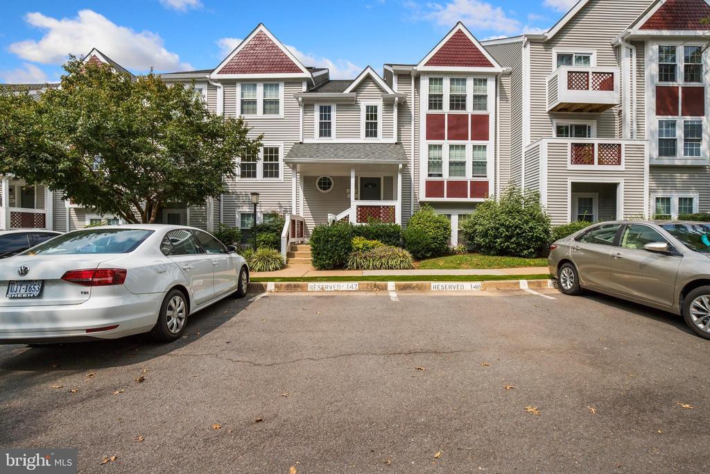 12943-B Grays Pointe Rd, Fairfax, VA 22033