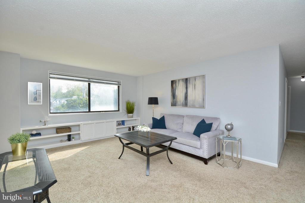 Photo of 3515 Washington Blvd #201