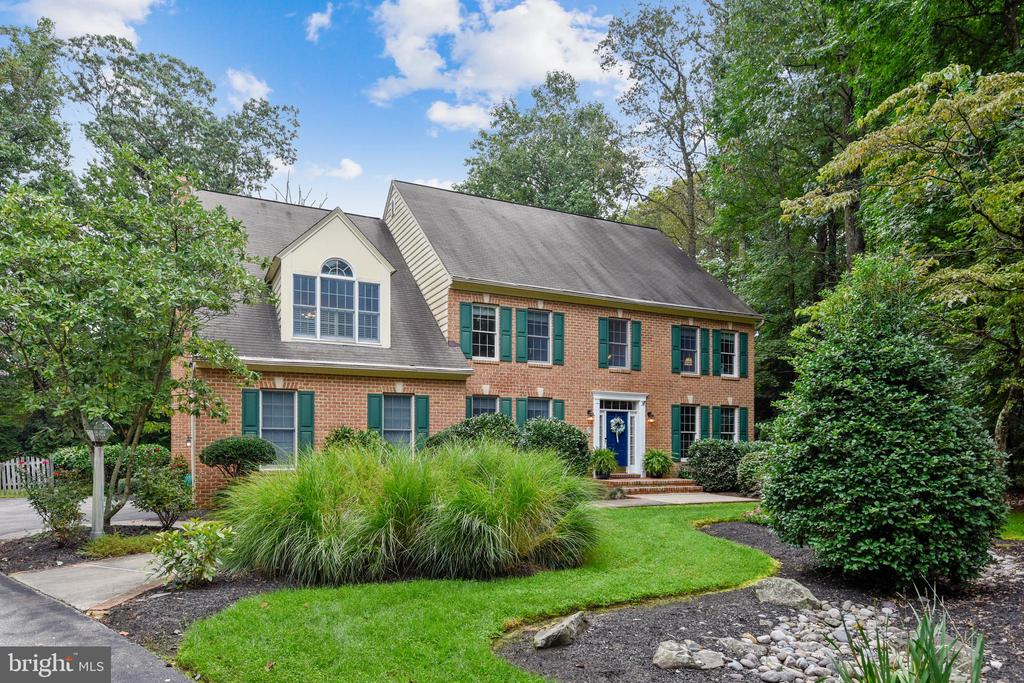 Welcome to this charming colonial home in sought after Swann Point Estates in Severna Park!  Don't wait on this one!  At the end of the enchanting Cul-de-sac with a picturesque elongated driveway leading to the oversized two-car garage.  This 4 bed/4.5bath with potential for even more bedroom space on both the upper and lower levels, backs to the B&A Trail for all of your hiking and biking needs.  Total serenity in your fully fenced backyard with sleek deck and pergola.  Open floor plan on main level with loaded gourmet kitchen including Wolf range, Sub Zero refrigerator, double wall ovens and much more...Huge master suite on upper level with versatile office/nursery/sitting room.  Full office on main level and conveniently located full laundry room.  Almost new house generator included.  Make sure to come see this right away before it is gone!  This won't last long!