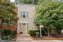5420 Donnelly Ct