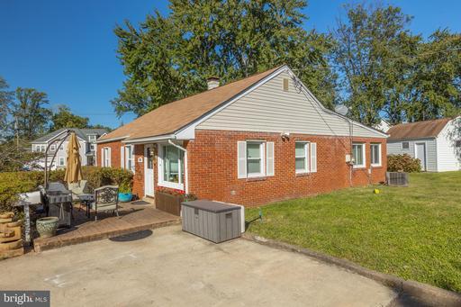 2015 Kilgore Rd Falls Church VA 22043