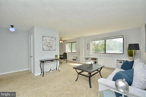 3515 Washington Blvd #201