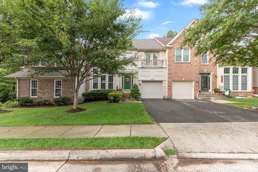 13907 Green Trails Ct, Centreville 20121