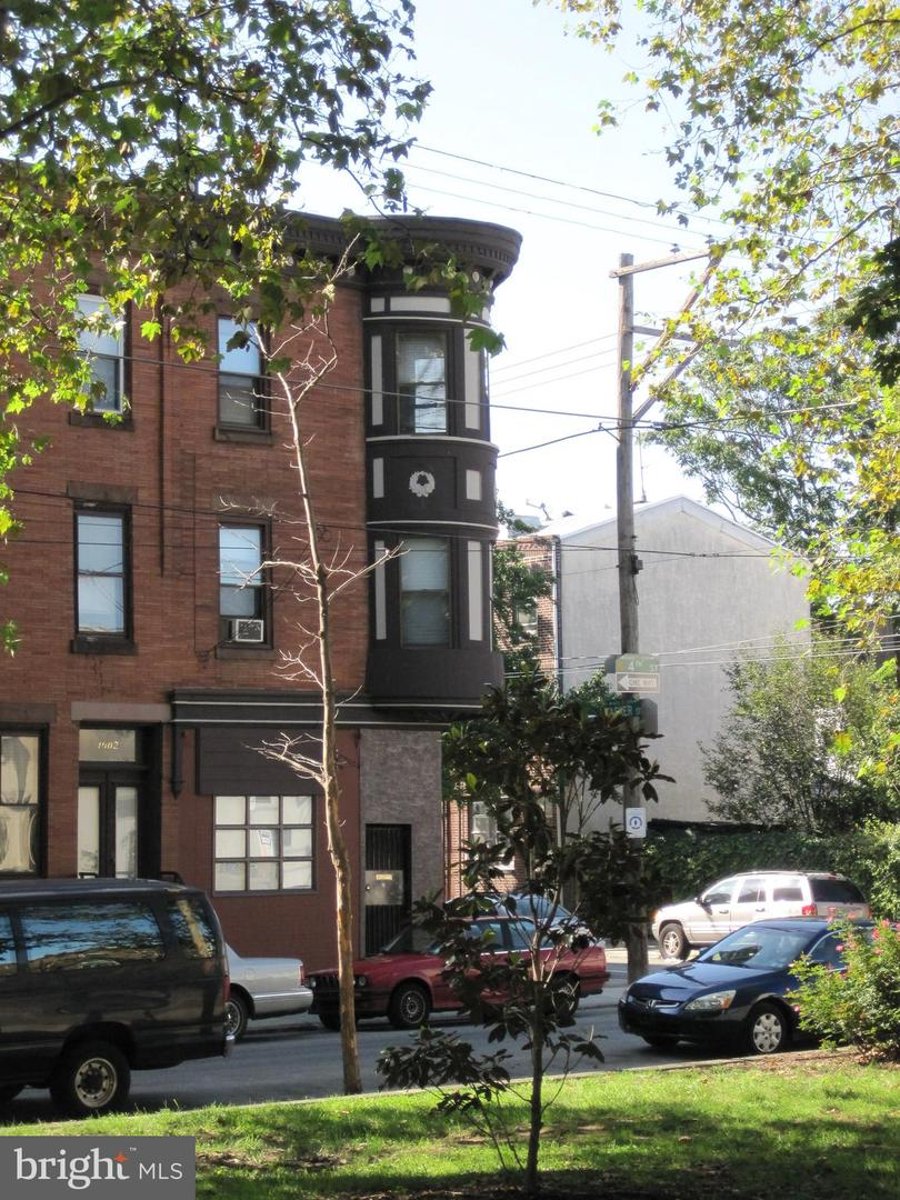 1600 S 4th Street Philadelphia, PA 19148