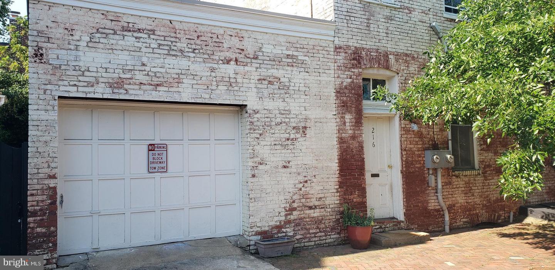 216 Duke Street   - Alexandria City, Virginia 22314