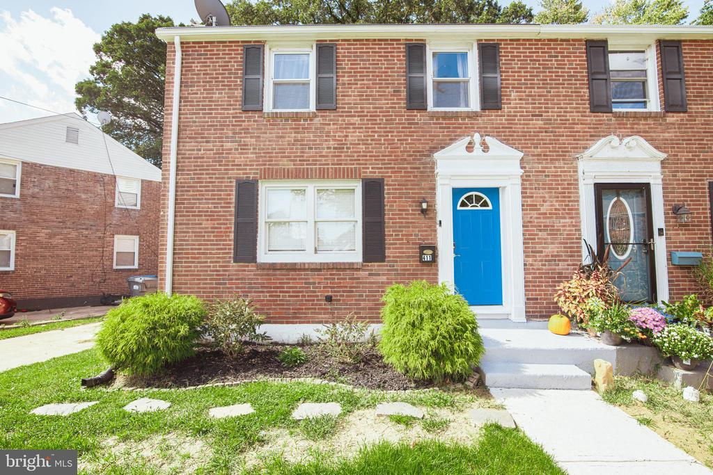 411 FOREST DR, Wilmington DE 19804