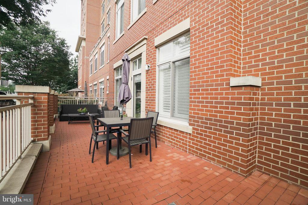 Photo of 4490 Market Commons Dr #102