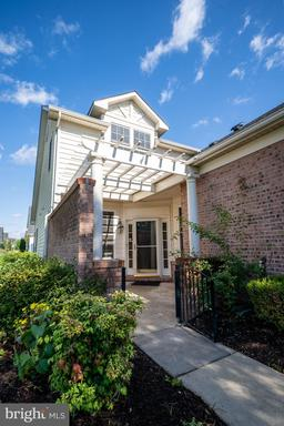 44372 Maltese Falcon Sq Ashburn VA 20147