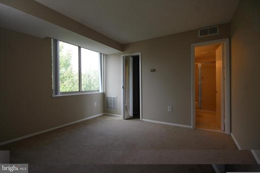 1515 S Arlington Ridge Rd #703