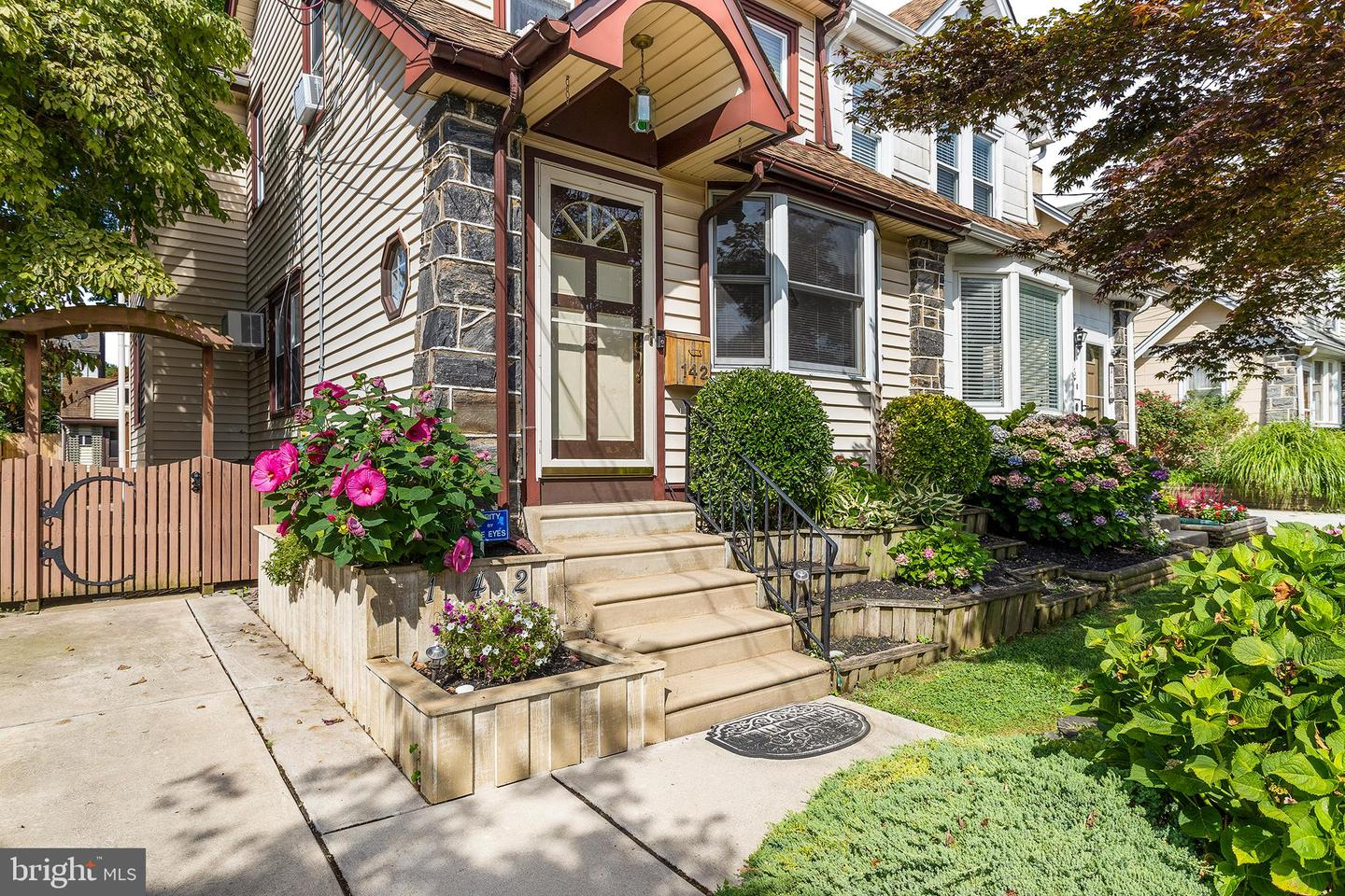 142 Shelbourne Road Havertown, PA 19083