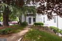 9949 Oakton Terrace Rd