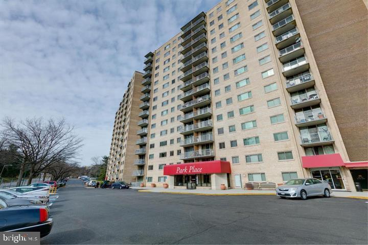 Photo of 2500 N van Dorn St #1420