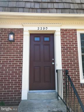 2290 Cartbridge Rd Falls Church VA 22043