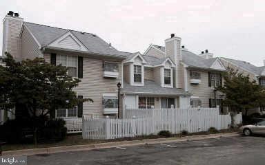 2923-E S Woodley St #1, Arlington, VA 22206